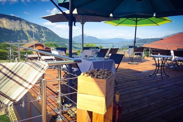 Ouverture de la nouvelle terrasse panoramique unique aux Carroz | Mont-Blanc