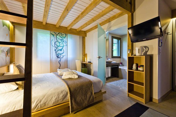 La Croix de Savoie & SPA, la Haute-Savoie en Amoureux | Partir en France